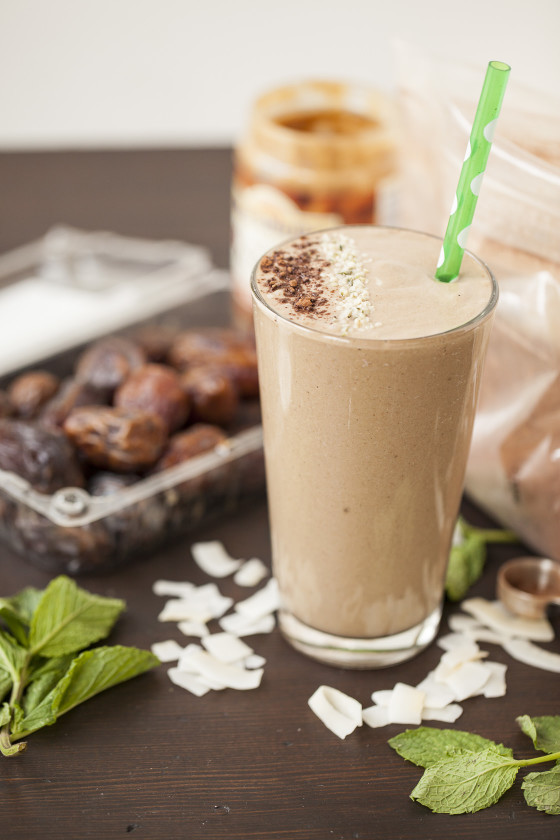 Coconut Refresh Smoothie | LaughterandLemonade.com